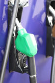 топливораздаточная колонка для заправки. — Стоковое фото