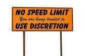 оранжевый прямоугольник знака без ограничения скорости — Стоковое фото