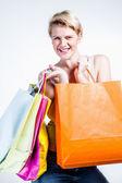Młoda kobieta, zakupy — Zdjęcie stockowe