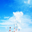 Smoking smokestack — Stockfoto