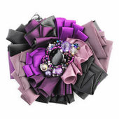Violet Brooch — Stock Photo