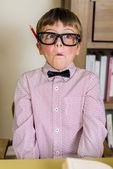 всезнайка мальчик — Стоковое фото