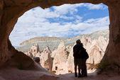 A couple in cappadocia — Stock Photo