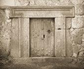 巨大的石头口门 — 图库照片