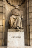 Franz Liszt statue — Stock Photo