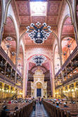 Dohany Street Synagogue (Great synagogue) interior in Budapet, H — Stock Photo