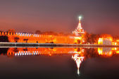 Mandalay palace's gate in night — Foto Stock