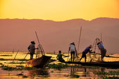 Fishermen in Inle lakes sunset, Myanmar — Stok fotoğraf