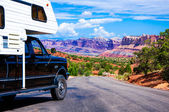 An RV in Capitol Reef National Park, Utah, USA. — Stock Photo