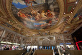 Entry to Venetian hotel with ceiling painting mimic ancient pictures in Las Vegas — Stock Photo