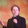 Постер, плакат: Billy Crystal takes part in IBM conference Impact 2009