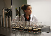 Multiple glasses of beer served for tasting at The Guinness Brewery — Stock Photo