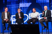 LAS VEGAS, NV - MAY 6, 2014: David Goulden, Pat Gelsinger, Paul Maritz and Joe Tucci (left to right) announce federation business model at EMC World 2014 conference on May 6, 2014 in Las Vegas, NV — 图库照片