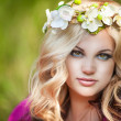 Beautiful woman with flower wreath. — Stock Photo #32656217