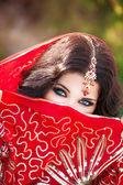 Beautiful Indian woman portrait, bright makeup woman with golden jewelry — ストック写真