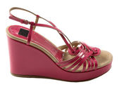 Wedge pink patent leather sandal — 图库照片