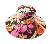 Flowery multicolor pattern floppy hat — Stock Photo