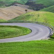 Winding road in Tuscany landscape — Stock Photo