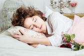 Beautiful girl sleeps — Stock Photo