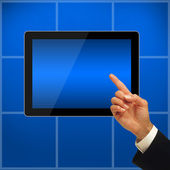 Mano con tablet pc. — Foto de Stock