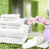Pure towels on the bathroom. — Stock Photo