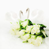 White roses with swans. Wedding background. — Photo