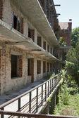 Terk edilmiş binada — Stok fotoğraf