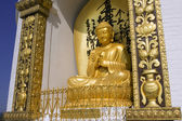 Buddha from the world peace pagoda, nepal, pokhara — Foto Stock