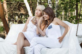 Two female friends resting — Stock Photo