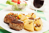 Meatballs with boiled potatoes — Stock Photo