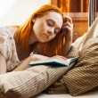 Woman writing diary or studying — Stockfoto
