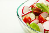 Fresh vegetable salad with cucumber and radish — Fotografia Stock