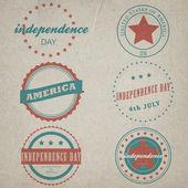 Bağımsızlık günü için vintage etiket kümesi vektör — Stok Vektör