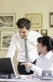 Businesscouple Working On Laptop — Stock Photo