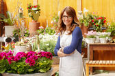Smiling Woman Florist, Small Business Flower Shop Owner — Stok fotoğraf