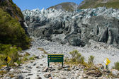 Fox Glacier Warning Sign — Stock Photo