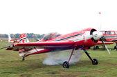 Avião acrobático su-31 no início. — Foto Stock