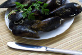 Mussels on dish — Stock Photo