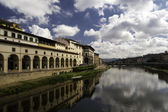 Gallery Ufizzi shooted from Ponte Vecchio — Stock Photo