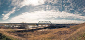 Panorama a kind on the railway bridge — Stockfoto