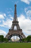 Sunny day in Paris — Stock Photo