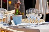 Hermosa mesa — Foto de Stock