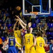 Basketball match Barcelonvs Maccabi — Stock Photo #24747245