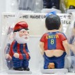 Caganers in Santa Llucia Fair, Barcelona — Stock Photo #37073371