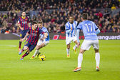 Lionel Messi dribbling — Stock Photo