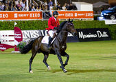 Horse jumping - Chris Pratt — Stock Photo