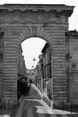 Archway in Bordeaux — Stock Photo