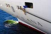 Utrzymanie oceana statek wycieczkowy — Zdjęcie stockowe