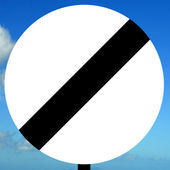 National speed limit — Stock Photo