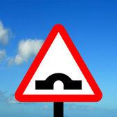Most garb trójkąt ostrzegawczy — Zdjęcie stockowe